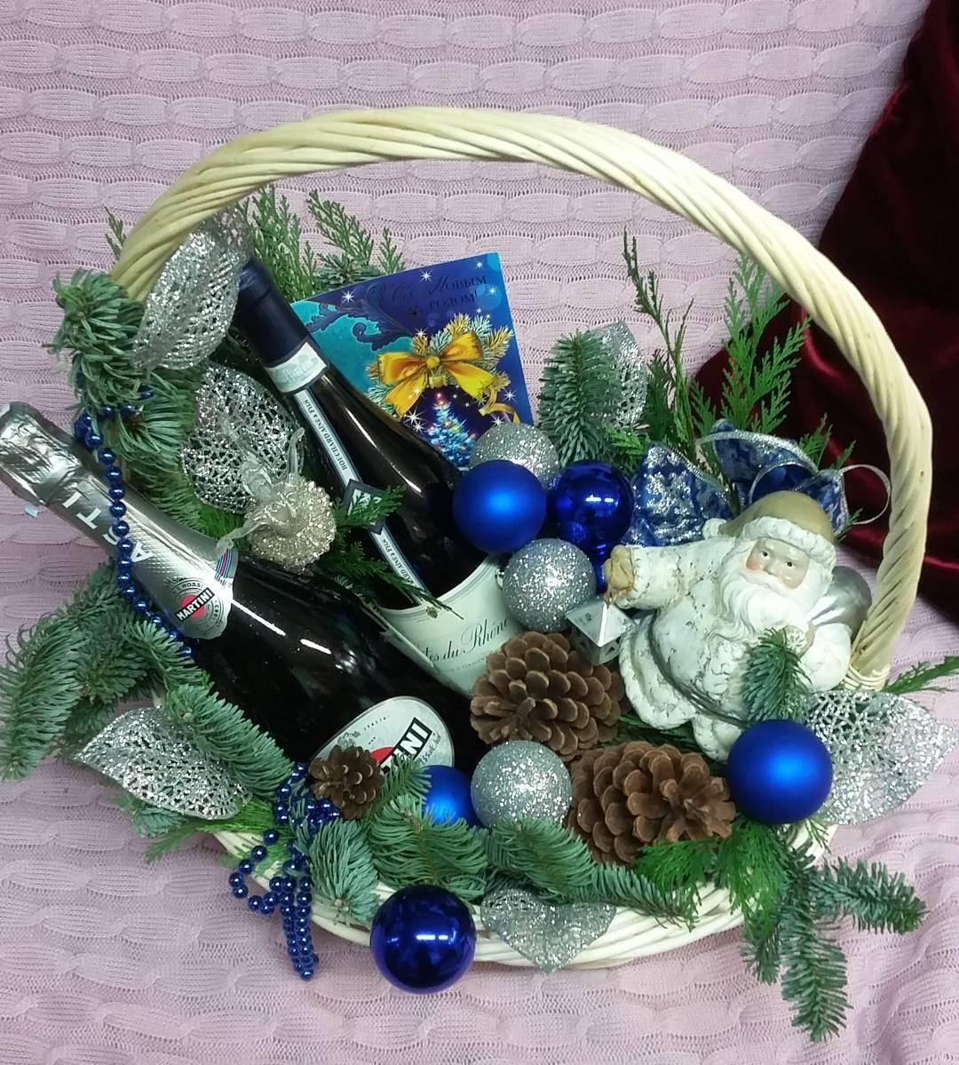 Всем доброго утра! Не знаете как оформить подарок, и в этом вам мы поможем???? Ул. Ветошникова д.131. ☎(347)266-59-77 ????+7 927 236 59 77. Сайт www.bloomboom.ru#flowers#доставкацветовуфа#цветыуфа#цветы#уфа