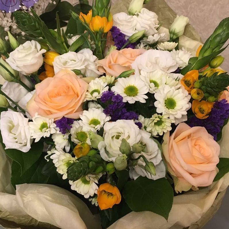 Всегда приятно получать фото от любимых клиентов????. Всегда вам рады. Букеты будут радовать ваших любимых???? Ул. Ветошникова д.131. ☎(347)266-59-77 ????+7 927 236 59 77. Сайт www.bloomboom.ru#flowers#доставкацветовуфа#цветыуфа#цветы#уфа