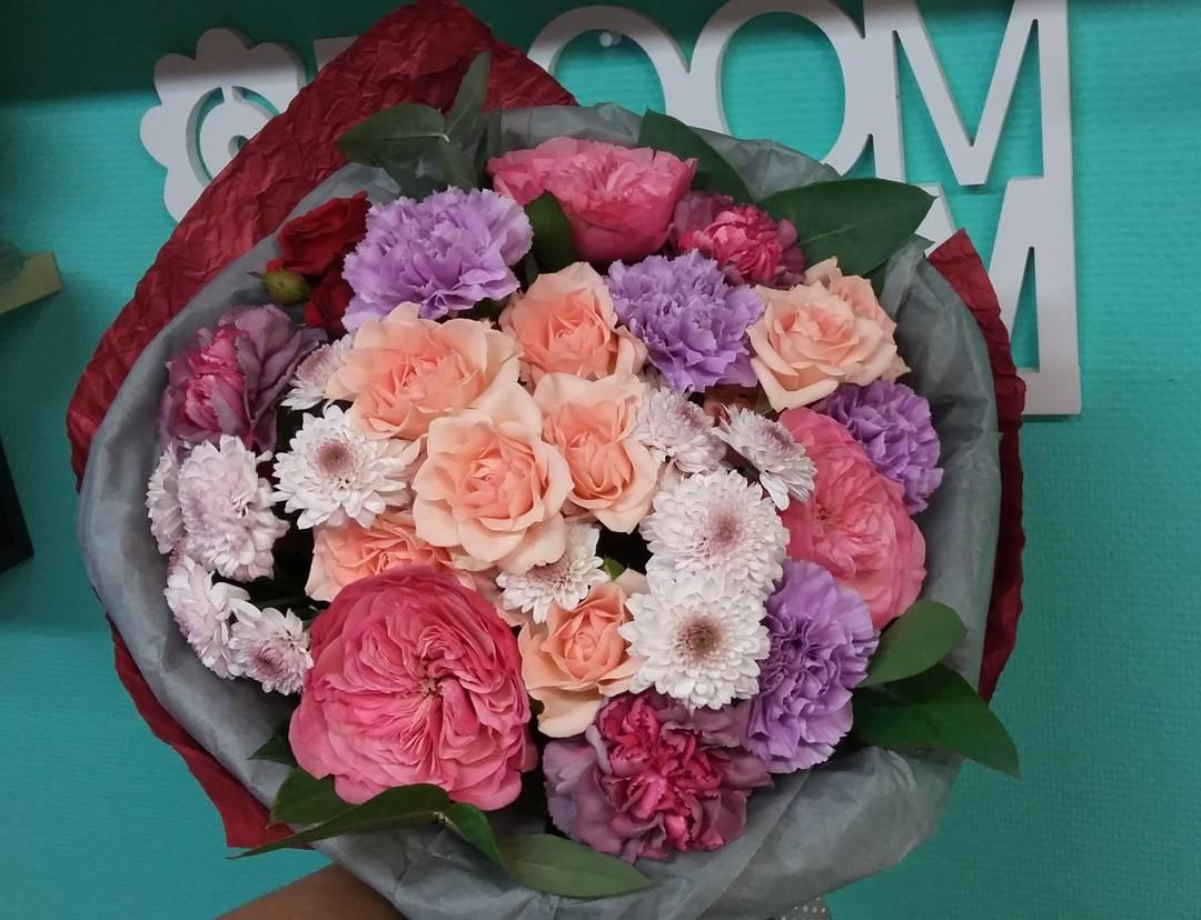 Воскресенье самое время подумать о предстоящих праздниках. Спешите сделать предзаказы с самыми изысканными цветами. Ул. Ветошникова д.131. ☎(347)266-59-77 ????+7 927 236 59 77. Сайт www.bloomboom.ru#flowers#доставкацветовуфа#цветыуфа#цветы#уфа