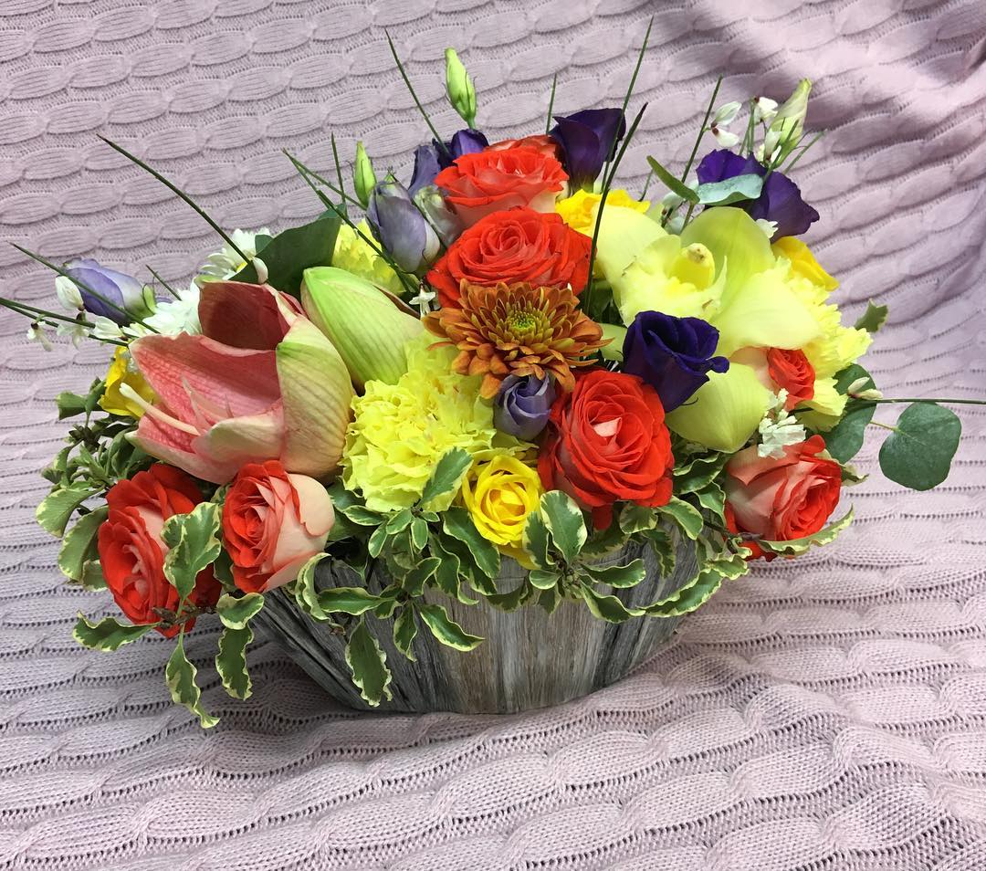 В наличии и на заказ! Спец цены до 5 марта на заказы????????Спешите оформить заказ ✍???? Ул. Ветошникова д.131. ☎(347)266-59-77 ????+7 927 236 59 77. Сайт www.bloomboom.ru#flowers#доставкацветовуфа#цветыуфа#цветы#уфа